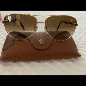 Ray-Ban Aviator Gold/Brown Carbon-Fibre Sunglasses